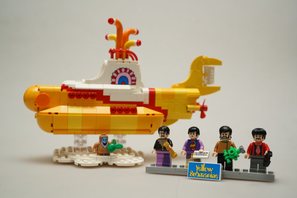 yellow-submarine-lego-ideas-just-very-random-1