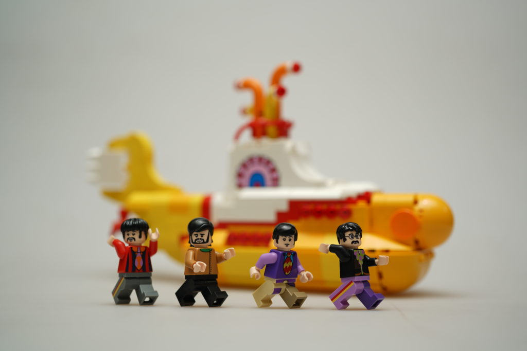 yellow-submarine-lego-ideas-just-very-random-3