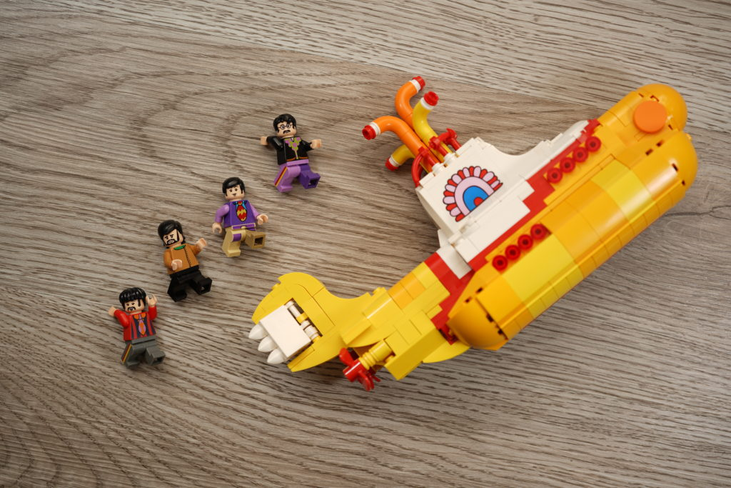 yellow-submarine-lego-ideas-just-very-random-5