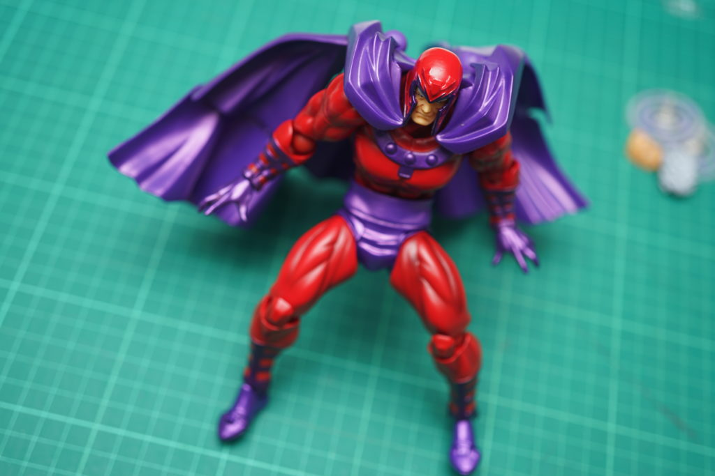 toy-review-revoltech-magneto-just-very-random-philippines-12