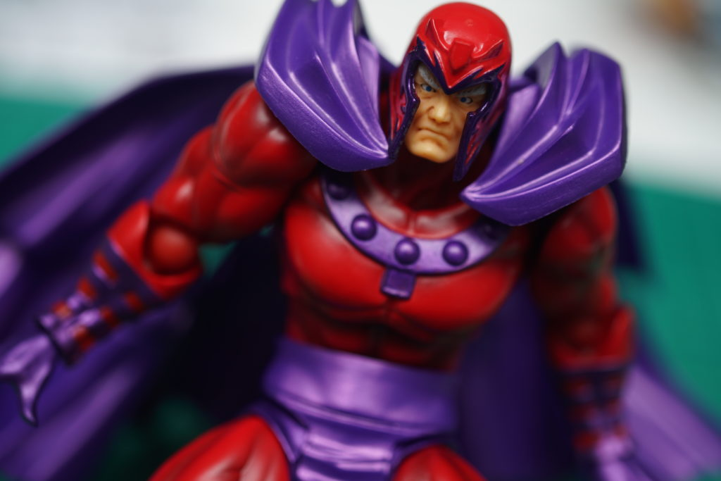 toy-review-revoltech-magneto-just-very-random-philippines-13