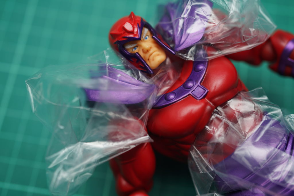 toy-review-revoltech-magneto-just-very-random-philippines-9