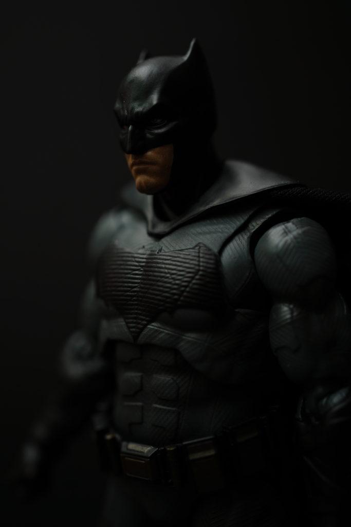 toy-review-figuarts-batman-batfleck-just-very-random-34