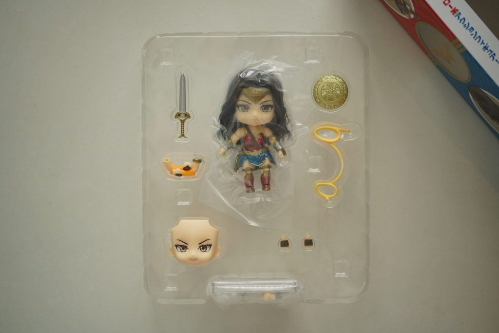 toy-review-nendoroid-wonder-woman-just-very-random-3