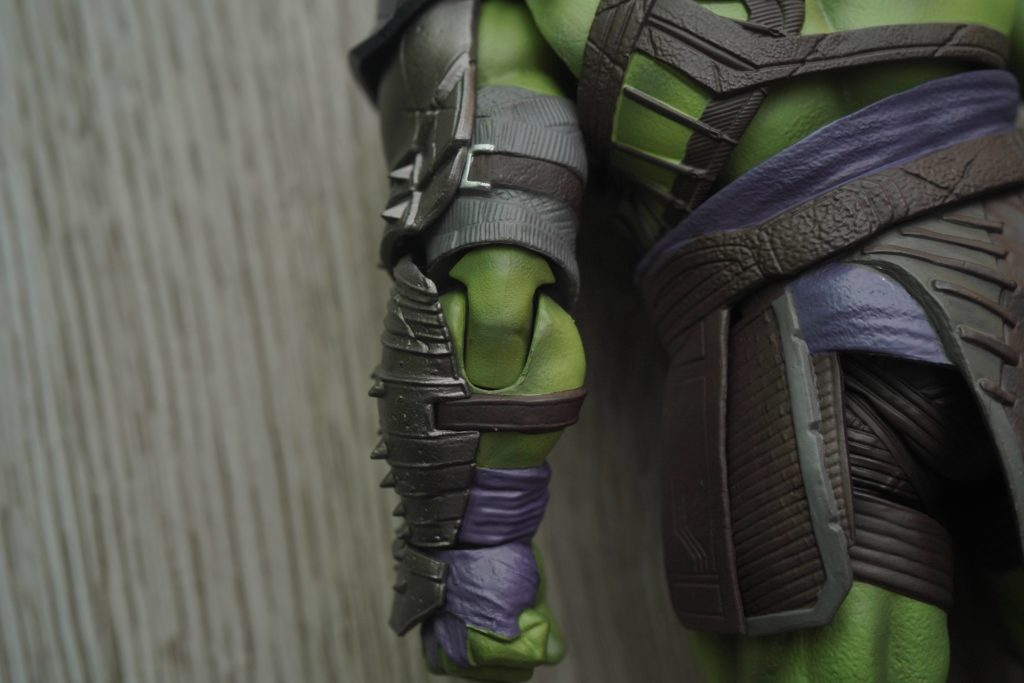 toy-review-s-h-figuarts-thor-ragnarok-hulk-philippines-10