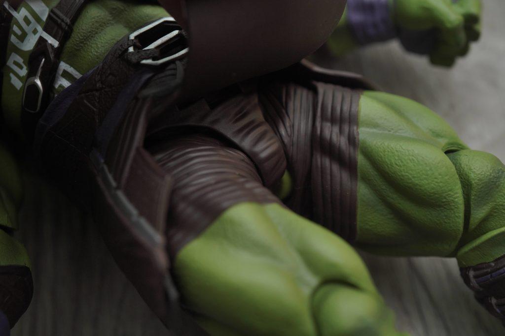 toy-review-s-h-figuarts-thor-ragnarok-hulk-philippines-12