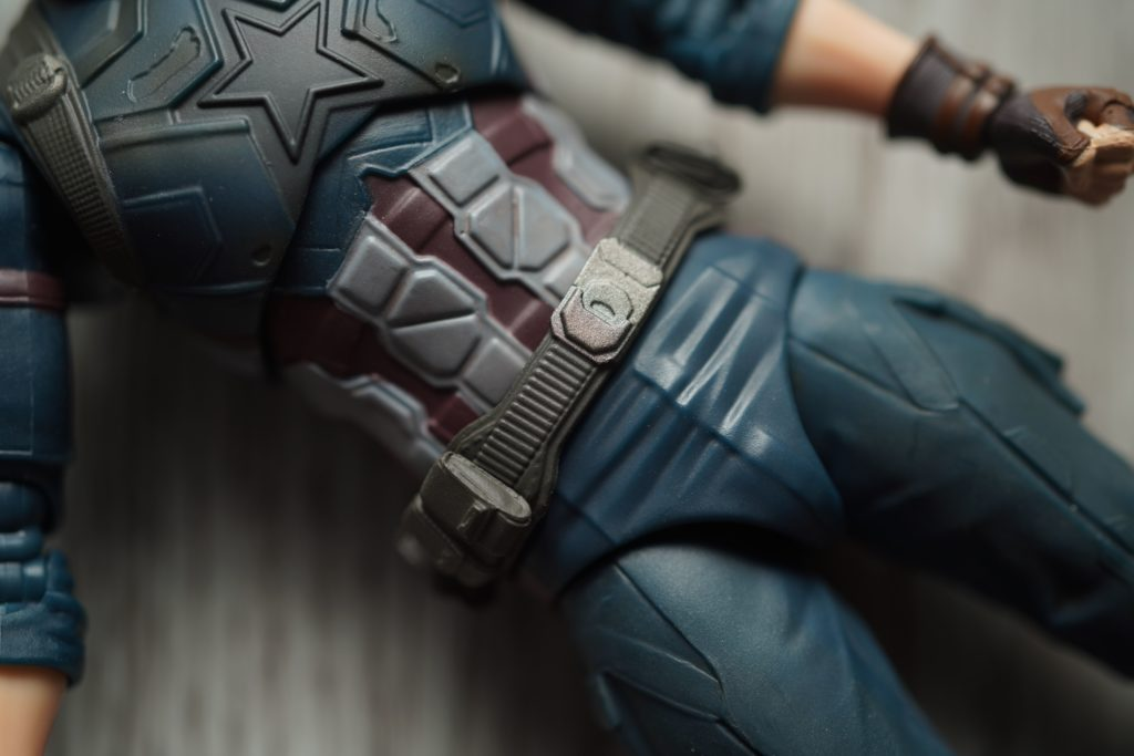 toy-review-shfiguarts-captain-america-avengers-infinity-war-just-very-random-12