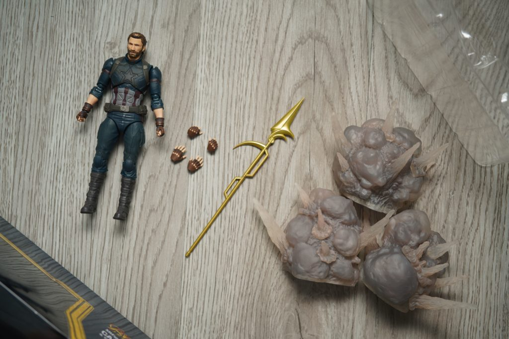 toy-review-shfiguarts-captain-america-avengers-infinity-war-just-very-random-2