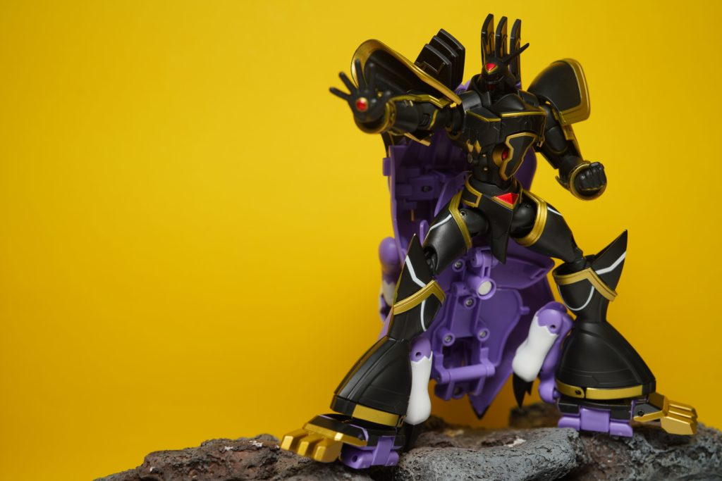 toy-review-shfiguarts-digivolving-spirits-alphamon-philippines-41