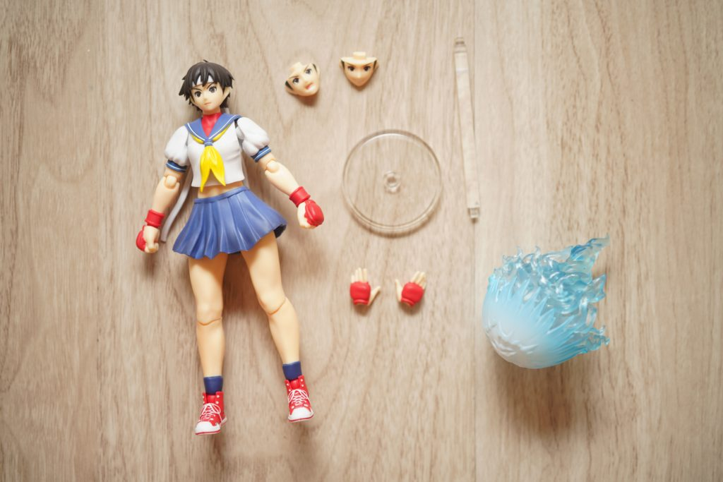 toy-review-shfiguarts-street-fighter-sakura-just-very-random-4