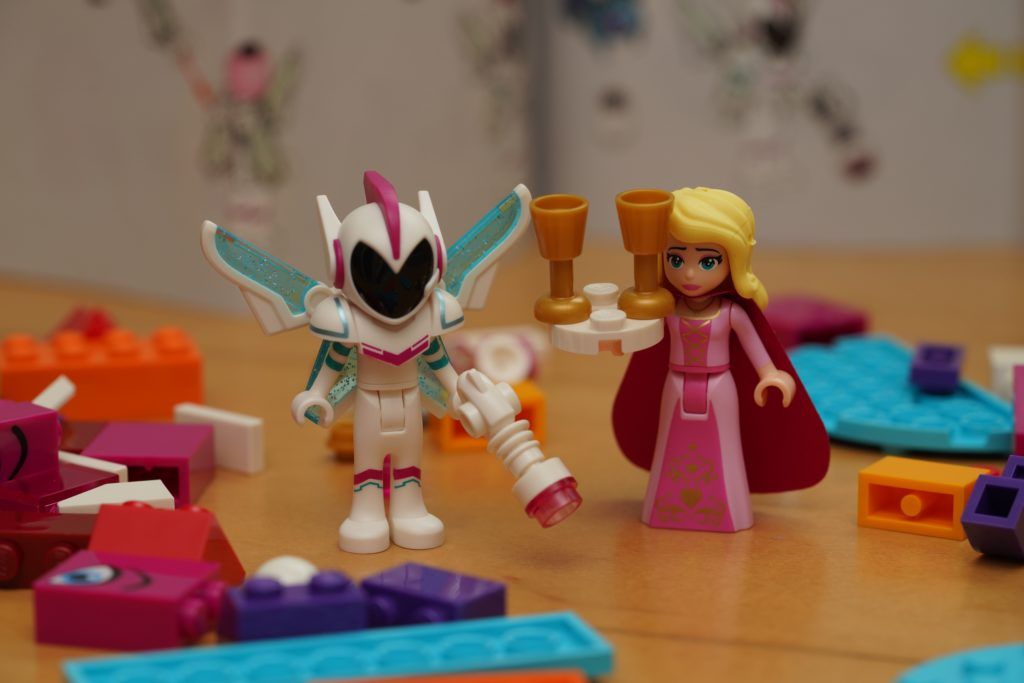 toy-review-lego-movie-queen-watevra-wanabe-jut-very-random-18