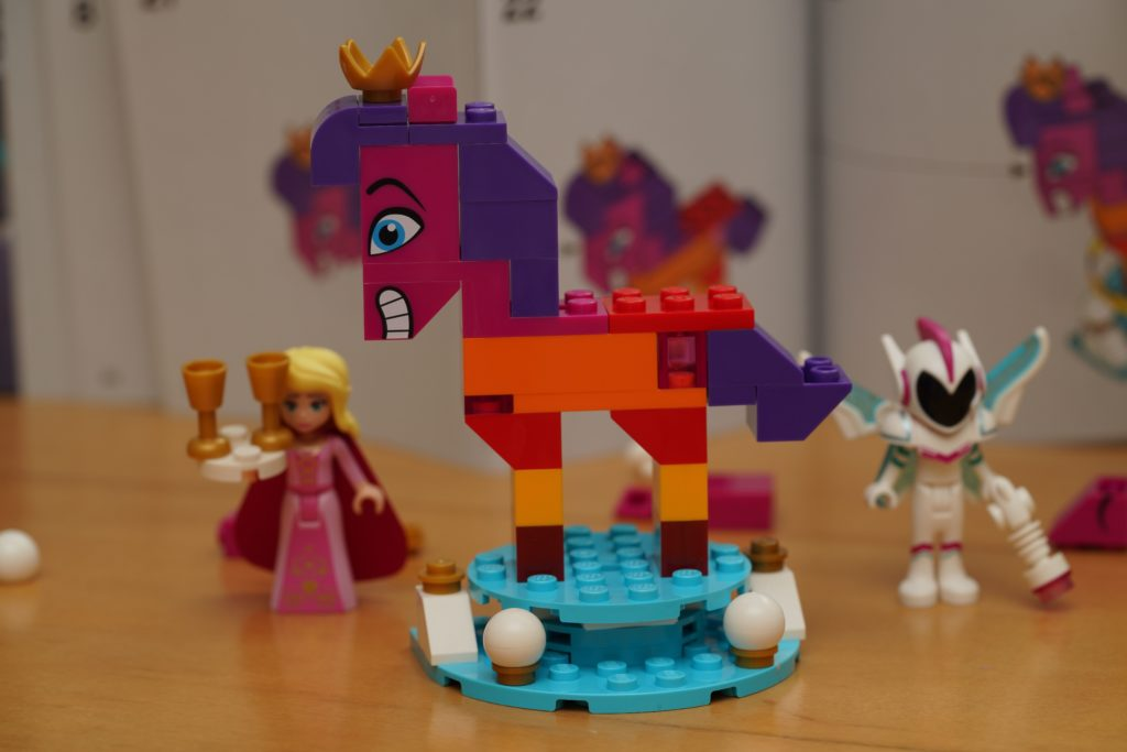 toy-review-lego-movie-queen-watevra-wanabe-jut-very-random-29