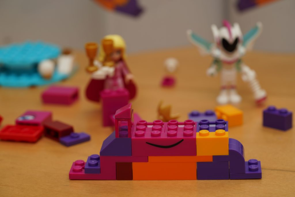 toy-review-lego-movie-queen-watevra-wanabe-jut-very-random-31