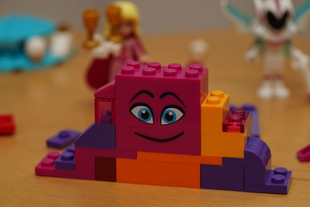 toy-review-lego-movie-queen-watevra-wanabe-jut-very-random-32