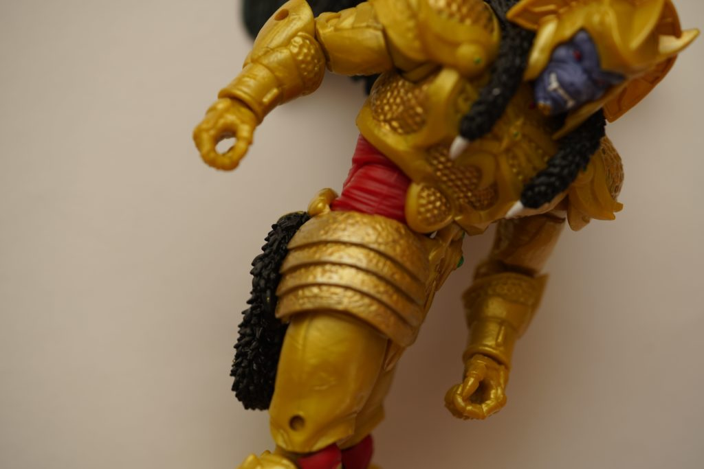 toy-review-power-rangers-lightning-collection-goldar-justveryrandom-14