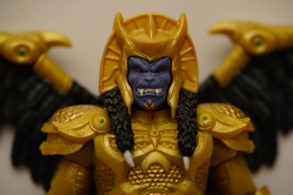 toy-review-power-rangers-lightning-collection-goldar-justveryrandom-17