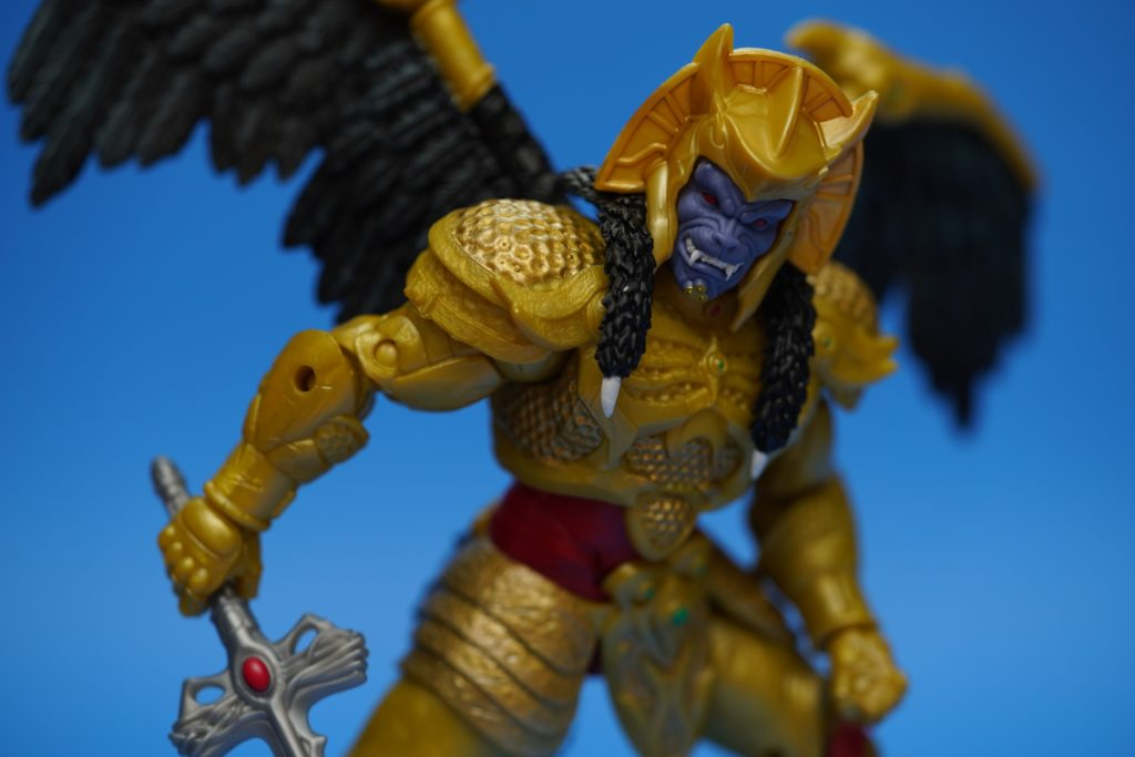 toy-review-power-rangers-lightning-collection-goldar-justveryrandom-21
