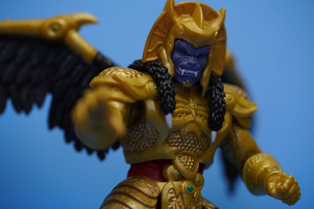 toy-review-power-rangers-lightning-collection-goldar-justveryrandom-22