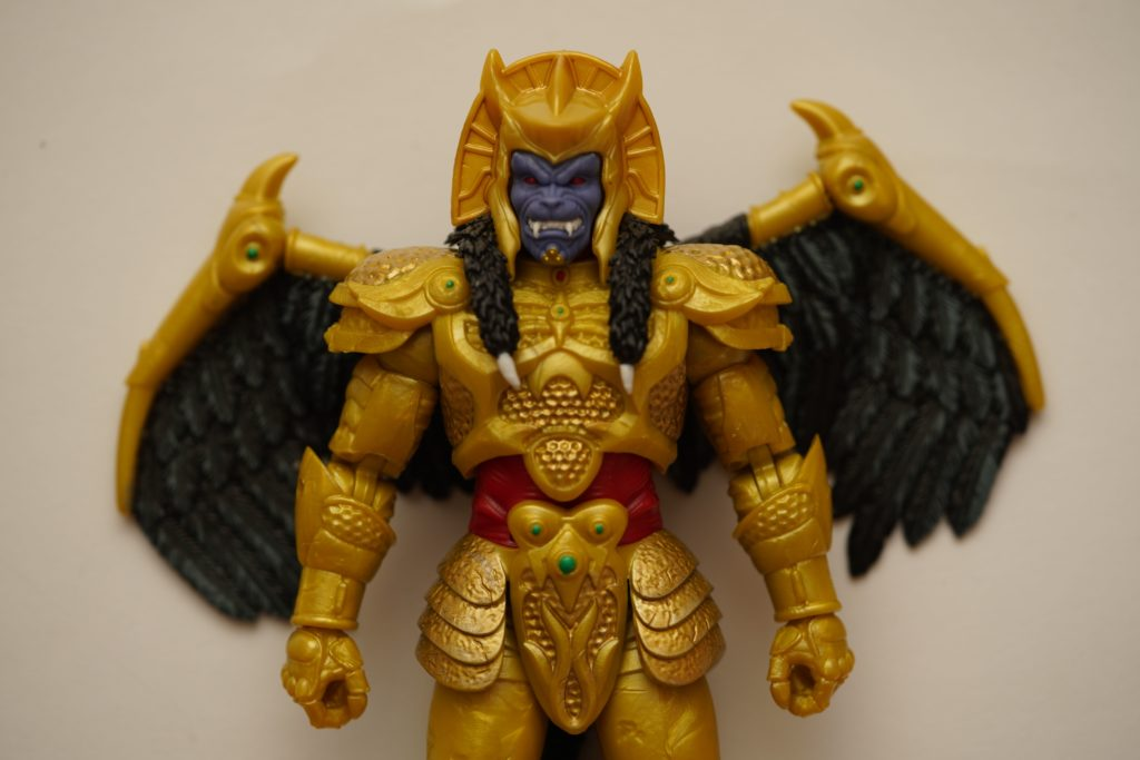 toy-review-power-rangers-lightning-collection-goldar-justveryrandom-9