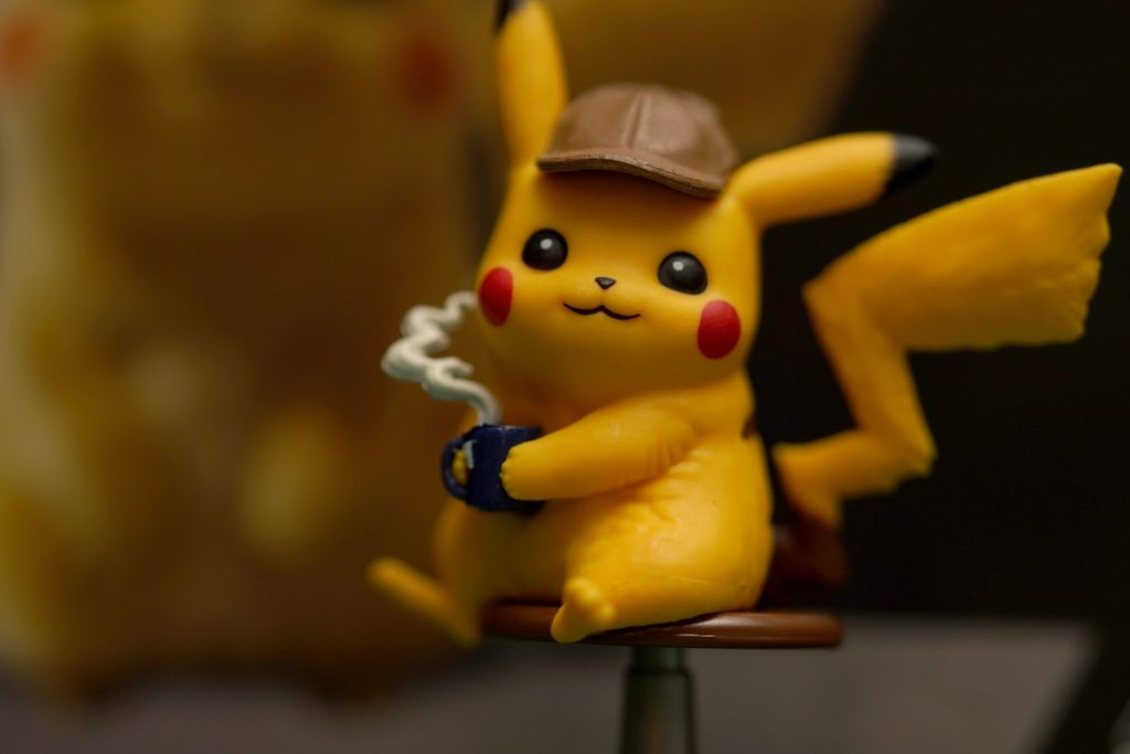 toy-review-pokemon-detective-pikachu-trading-card-game-3