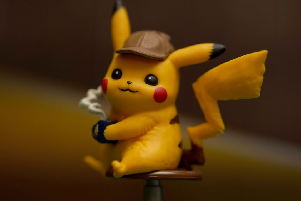 toy-review-pokemon-detective-pikachu-trading-card-game-4