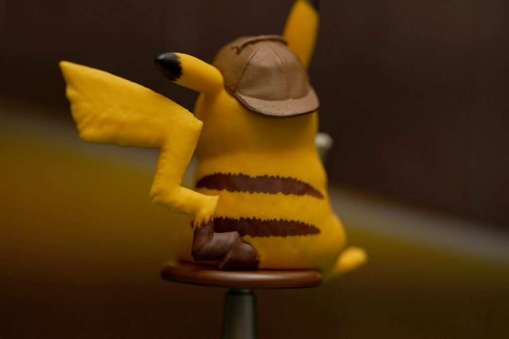 toy-review-pokemon-detective-pikachu-trading-card-game-5