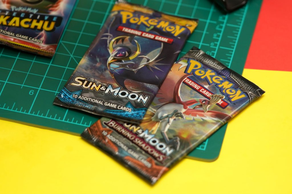 toy-review-pokemon-detective-pikachu-trading-card-game-7