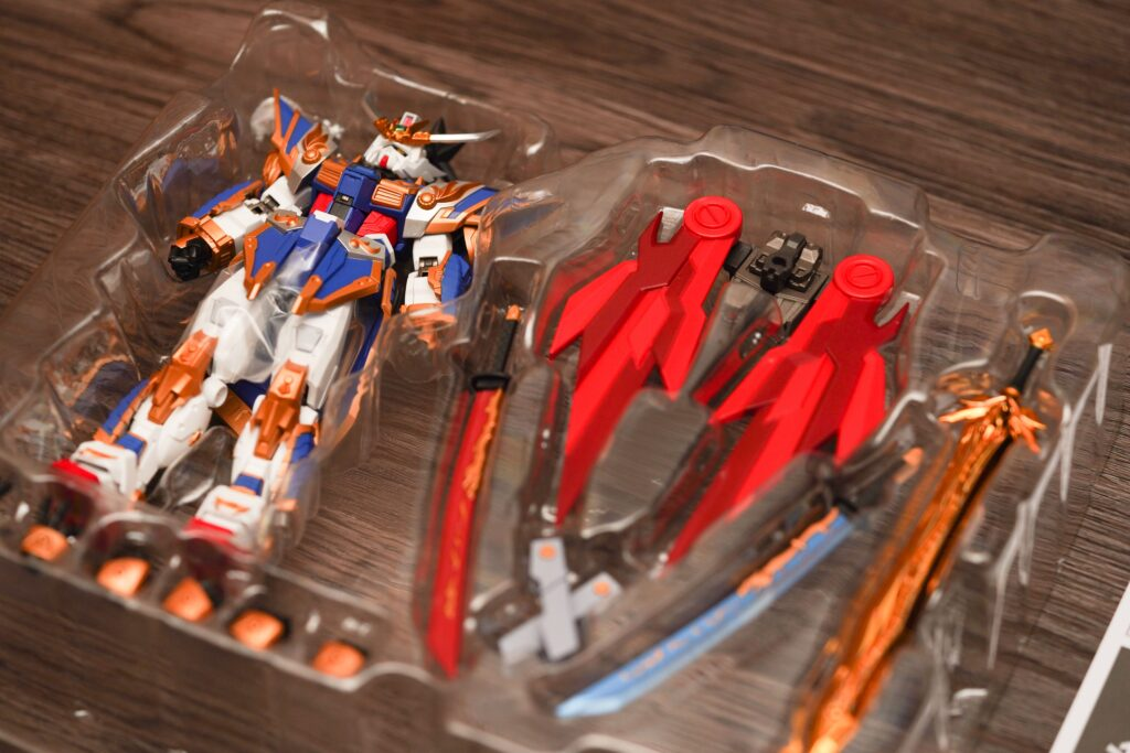 toy-review-liu-bei-gundam-metal-robot-justveryrandom-43