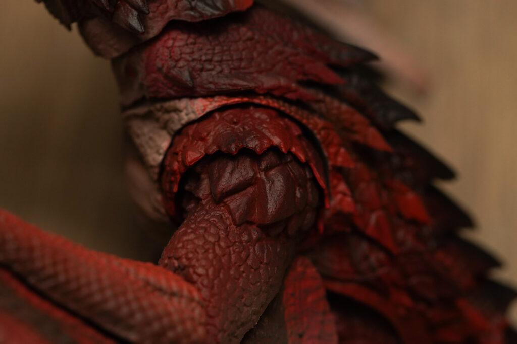toy-review-s-h-monsterarts-monster-hunter-liolaeus-justveryrandom-15