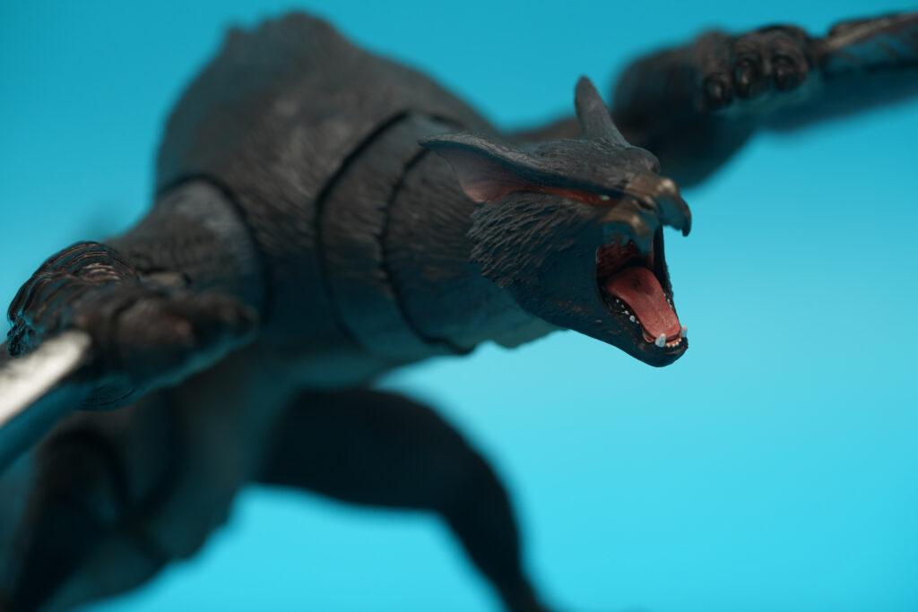 toy-review-s-h-monsterarts-monster-hunter-nargacuga-justveryrandom-25