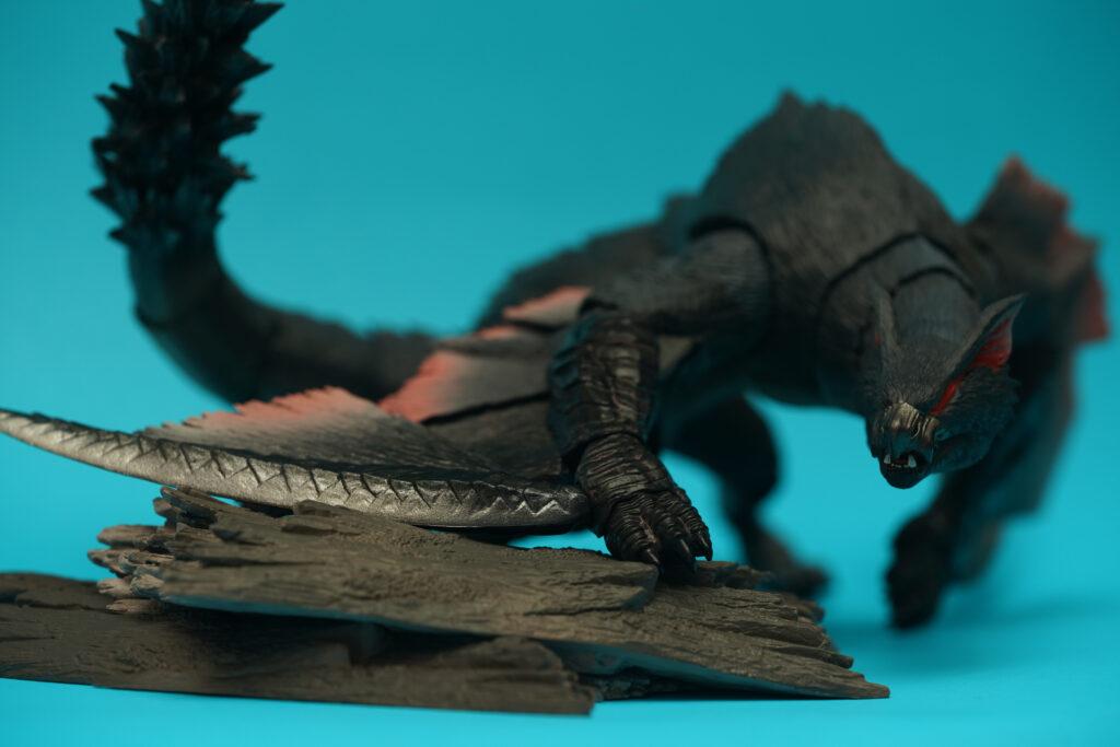toy-review-s-h-monsterarts-monster-hunter-nargacuga-justveryrandom-31