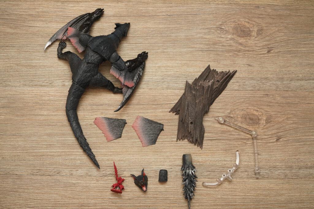 toy-review-s-h-monsterarts-monster-hunter-nargacuga-justveryrandom-8