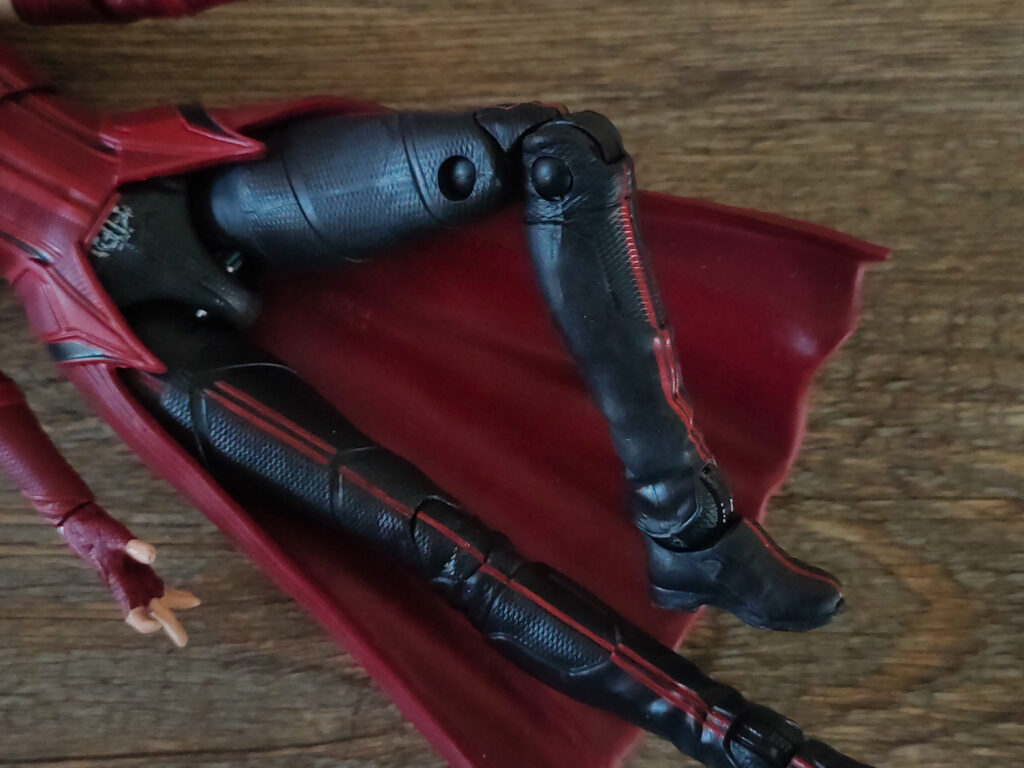 toy-review-marvel-legends-disney-scarlet-witch-wandavision-philippines-12